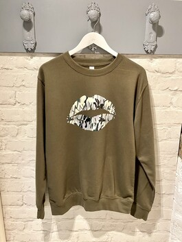 Camo Lip Print Design Jumper